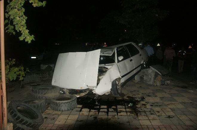 Bozüyük'te Lastiği Patlayan Araç Yoldan Çıktı, 1 Yaralı