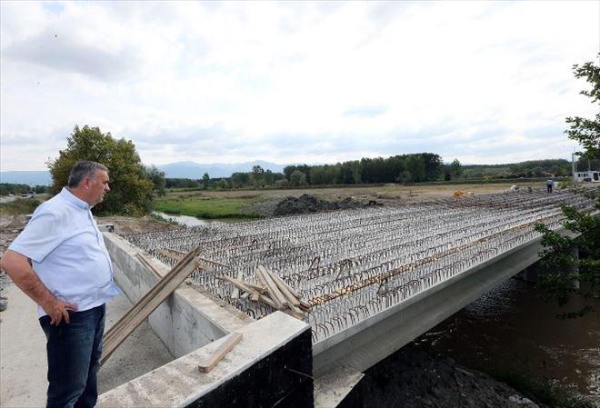 Başkan Toçoğlu Bedil Kazancı Köprüsünde İncelemerle Bulundu