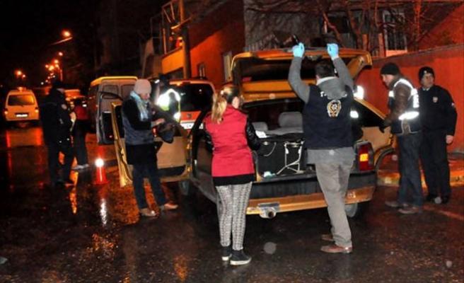 """UŞAK POLİSİNİN """"HUZUR 64"""" UYGULAMALARI DEVAM EDİYOR"""