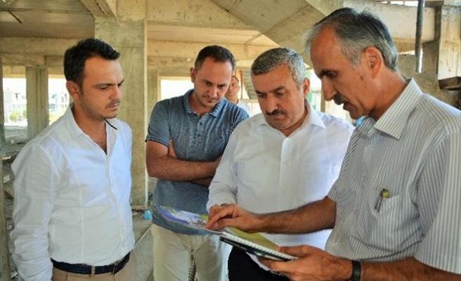 Körfez Belediye Başkanı İsmail Baran Çalışmaları İnceledi