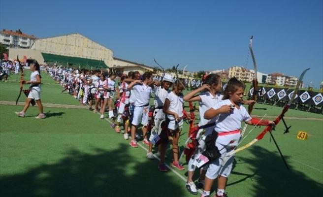 Zafer Kupası Minikler Türkiye Şampiyonası Gelibolu'da Başladı