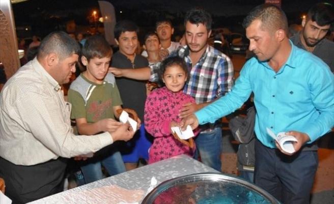 Çolakbayrakdar'a Sancaktepe'de Sevgi Seli