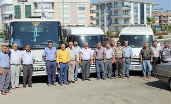 İzmir'de Servis Sürücülerinden 'S Plaka' Tepkisi