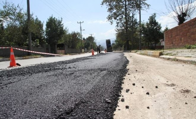 Akyazı Belediyesi Fen İşleri Ekipleri Sonbahar Hazırlıklarına Başladı