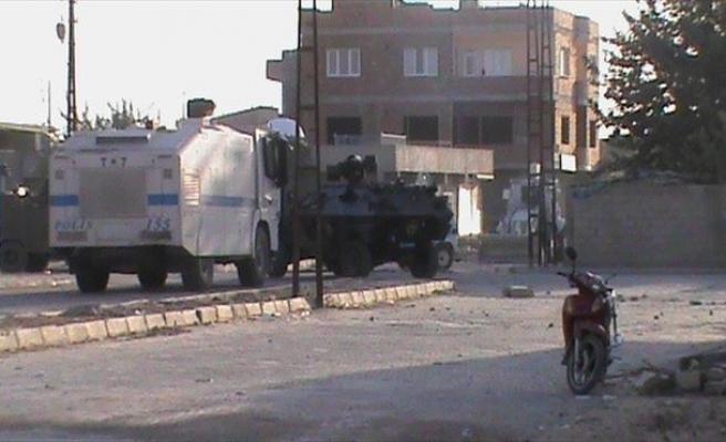 Nusaybin'de Ara Sokaklarda Açılan Hendekleri Polis Ekipleri Kapattı