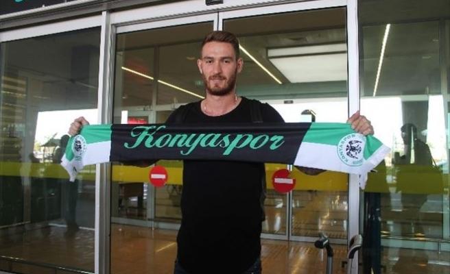 Torku Konyaspor'un Yeni Transferi Ömer Şişmanoğlu Konya'ya Geldi