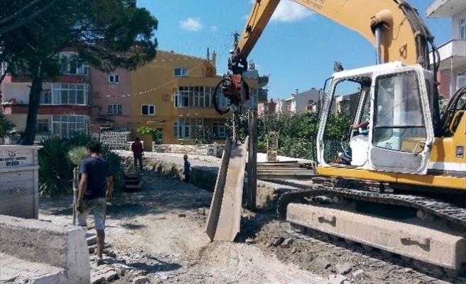 Lapseki'de Kanalizasyon Hattı Çalışmaları Başladı