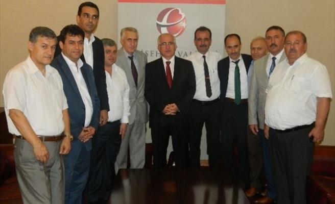 Türk-iş'in Sendika Başkanları Vali Tuna'yı Ziyaret Etti