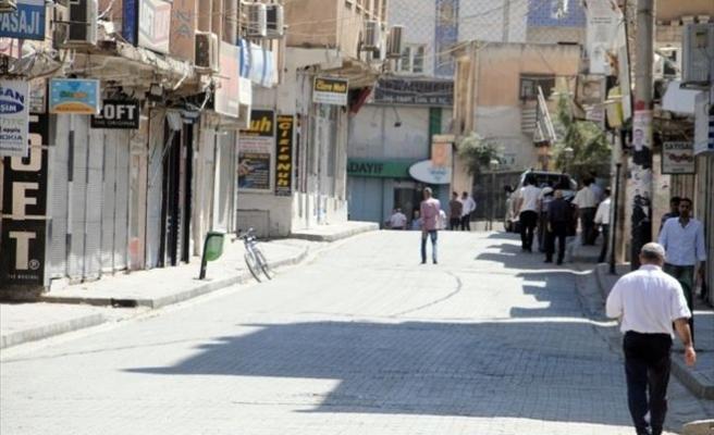 Cizre'de Esnaf Kepenk Açmadı