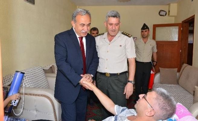 Vali Büyük'ten Gazi Jandarma Uzman Çavuşa Ziyaret