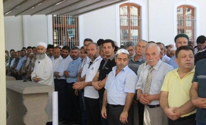 Sakarya'da Stklar Şehitler İçin Giyabi Cenaze Namazı Kıldı