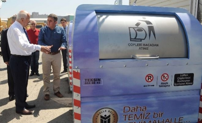 Yenimahalle'de Çöp Konteynerleri Yenileniyor