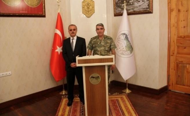 3. Ordu Komutanı Savaş, Vali Özdemir'i Ziyaret Etti