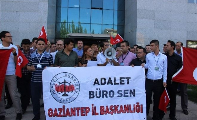 Adalet Büro-sen Terörü Protesto Etti