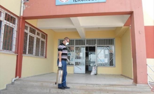 Orhangazi'de Okullar İlaçlanıyor