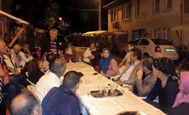 Kaymakam Özer Ve Başkan Yemenici, Mahalle Halkını Dinledi