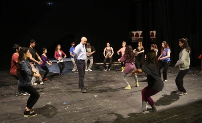 Gençlik Sahnesi Tiyatro Kursunun İkincisi Başlıyor