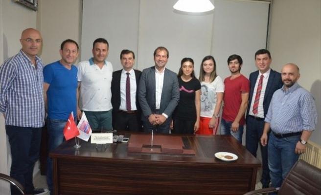 Başarılı Sporculardan Fagiad'a Teşekkür Ziyareti