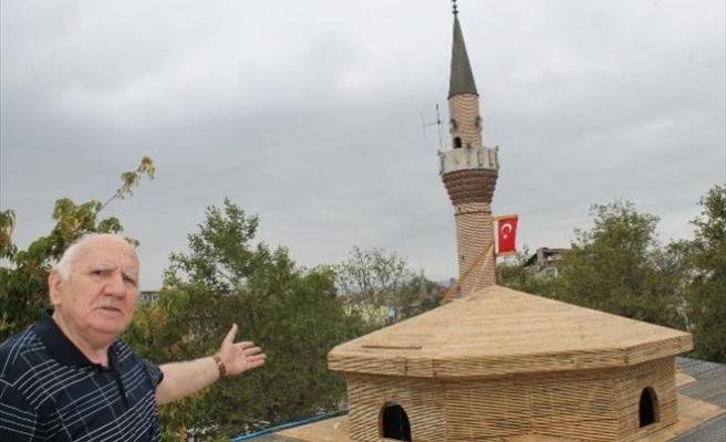 600 Yıllık Caminin Restorasyon Sırasında Kubbesi Çöktü
