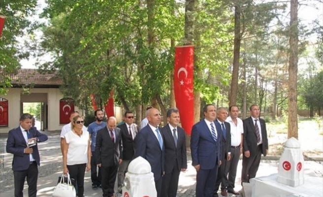 Başkan Aksu'dan Giresun Şehitlerine Ziyaret