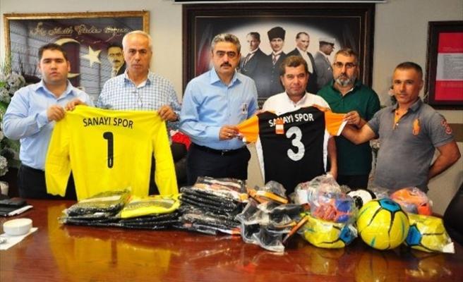 Nazilli Belediyesinden Amatör Spor Kulübüne Malzeme Yardımı