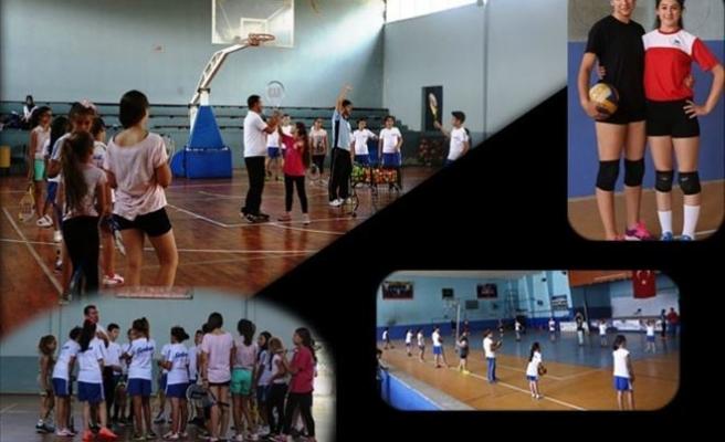 880 Öğrenci Serdivan Yaz Spor Okulları'ndan Mezun Oldu