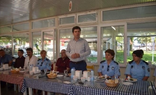 Başkan Ercengiz, Zabıta Personeline Kahvaltı Verdi