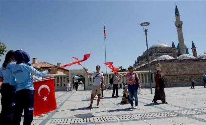 Konya Türk Bayraklarıyla Donatılıyor