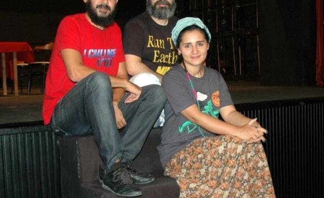 Erzurum Devlet Tiyatroları Sezonu Hülleci'yle Açacak