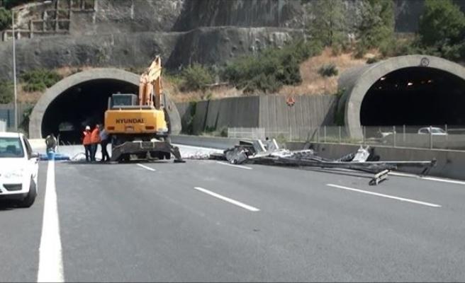 Ayran Tüneli Geçici Olarak Kapatıldı