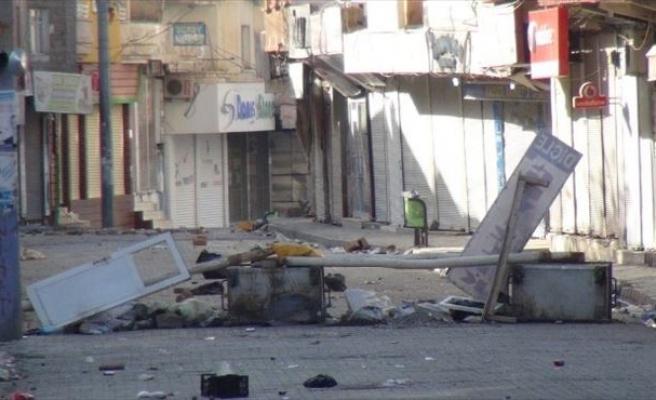 Cizre'de Patlayıcılar Kobralarla Etkisiz Hale Getiriliyor