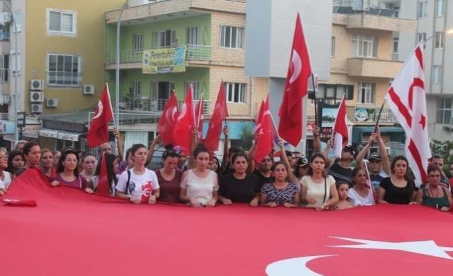 Anamur'da Şehitlere Saygı Yürüyüşü