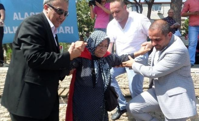 Alaşehir'den Teröre Lanet Yağdı