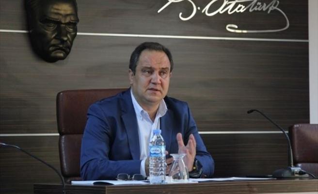 Belediye Meclisinden Şehitlere Saygı Duruşu