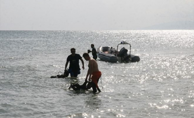 Denize Açılan Balıkçıların Teknesi Alabora Oldu: 2 Kişi Kayıp