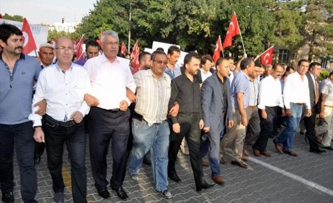 Nevşehir'de 4 Bin Kişi Şehitler İçin Yürüdü
