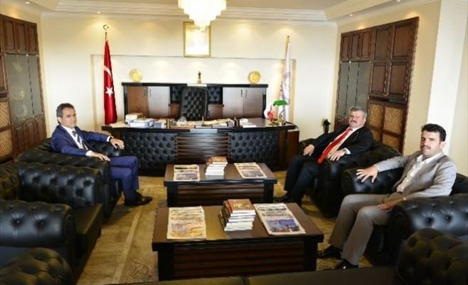 Zonguldak Milletvekili Faruk Çaturoğlu, Rektör Özer'i Ziyaret Etti