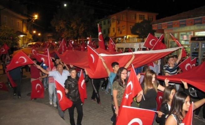 Hisarcık'ta 'Teröre Lanet, Şehitlere Saygı' Yürüyüşü