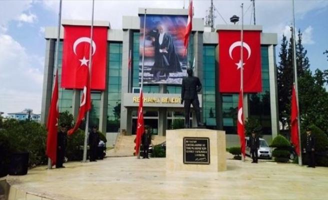Reyhanlı Belediyesi'nden 1000 Bayrak