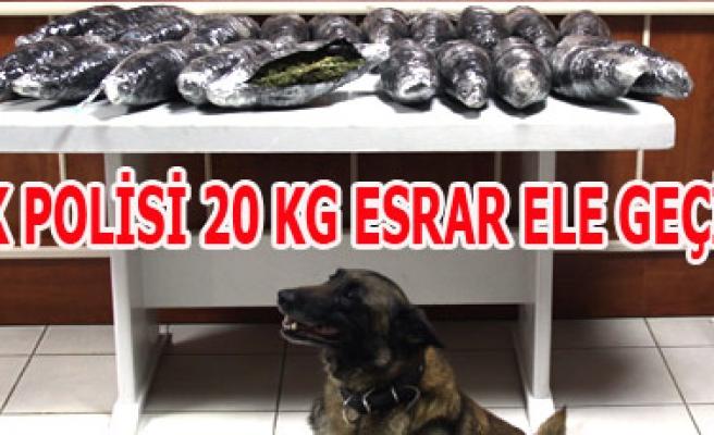 UŞAK POLİSİ 20 KG ESRAR ELE GEÇİRDİ