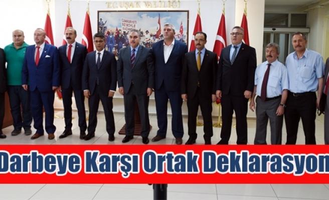 Uşak'ta Darbeye Karşı Ortak Deklarasyon