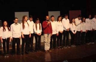 Anadolu Üniversitesi Tiyatro Topluluğu Tam Not Aldı
