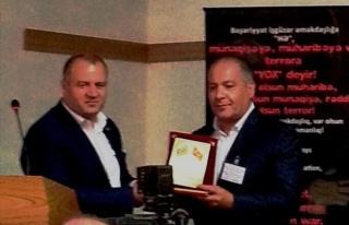 Diaspora Başkanı Ağayev'e Ödülü Verildi