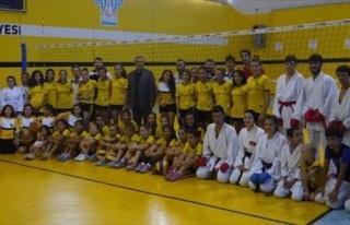 Başkan Karaçoban'dan Sporculara Ziyaret