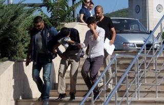 Dolandırıcılar Tutuklandı