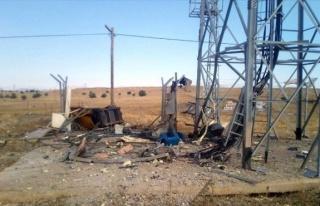 Elazığ'da PKK'lılar Roketle Saldırdı, Çatışma...