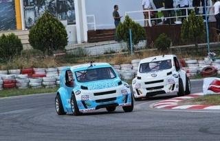 V1 Challenge'nin 3. Yarışı İzmir'de Nefesleri...