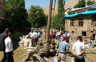 HDP'li Botan Bahçesaray'da İncelemelerde Bulundu
