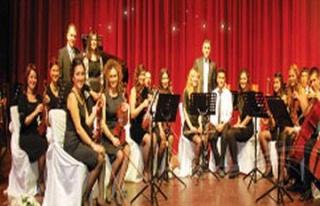 Akademik Oda Orkestrası AKM`de Sahne Alacak