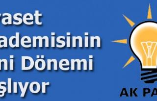 UŞAK'TAKİ 'SİYASET AKADEMİSİ' EĞİTİMLERİ,...